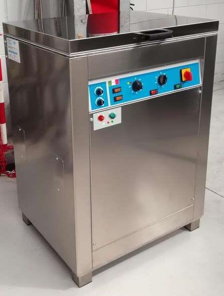 lavatrice automatica a ultrasuoni